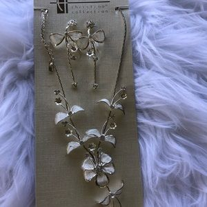 Jewelry - Delicate silver and white earring and necklace set